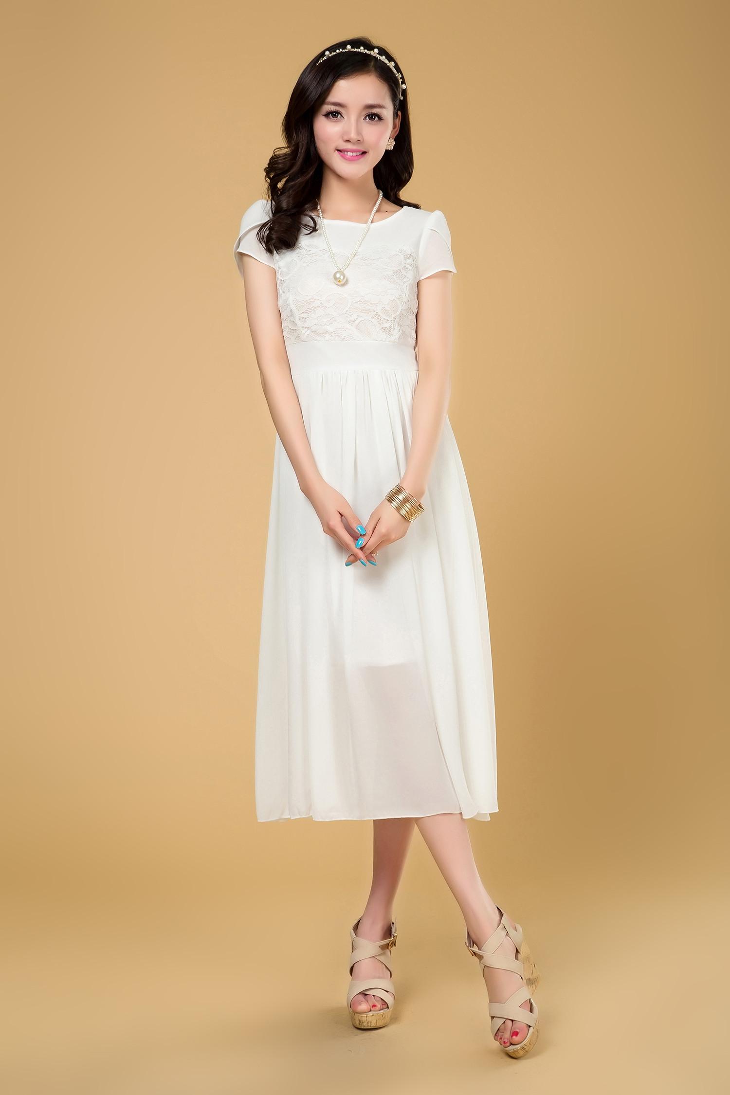 白色裙子怎么搭配_白色连衣裙配什么颜色的丝袜和鞋子啊?-白色连衣裙 搭配什么 ...