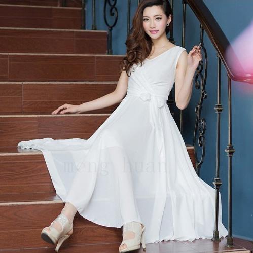 白色裙子怎么搭配_白色连衣裙搭配什么色的裤袜好看,???